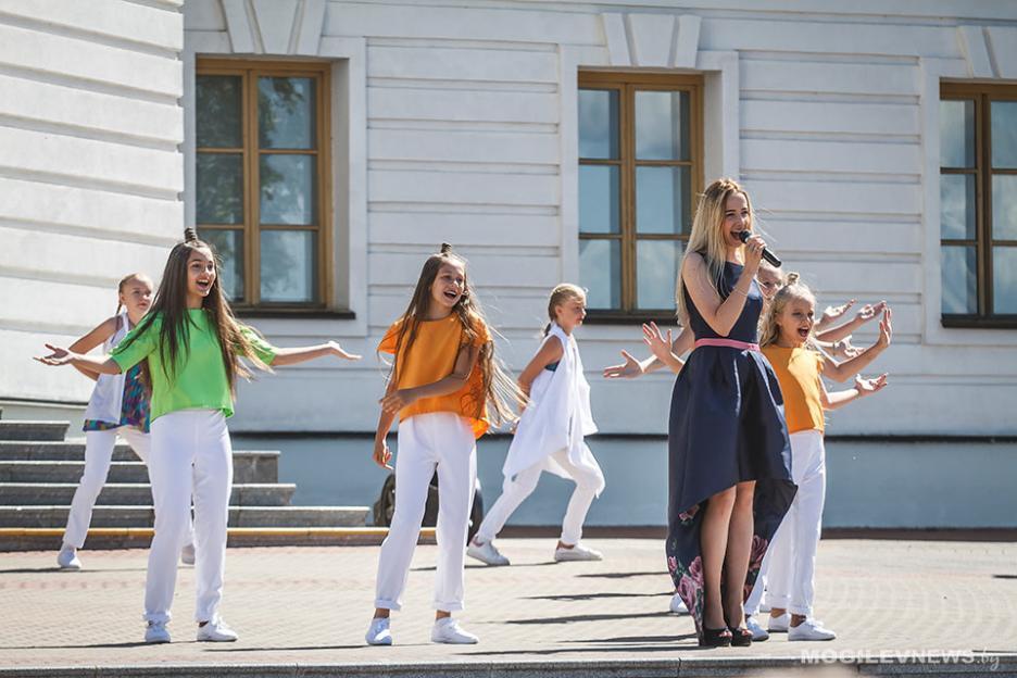 Вокал, хореография, инструментал